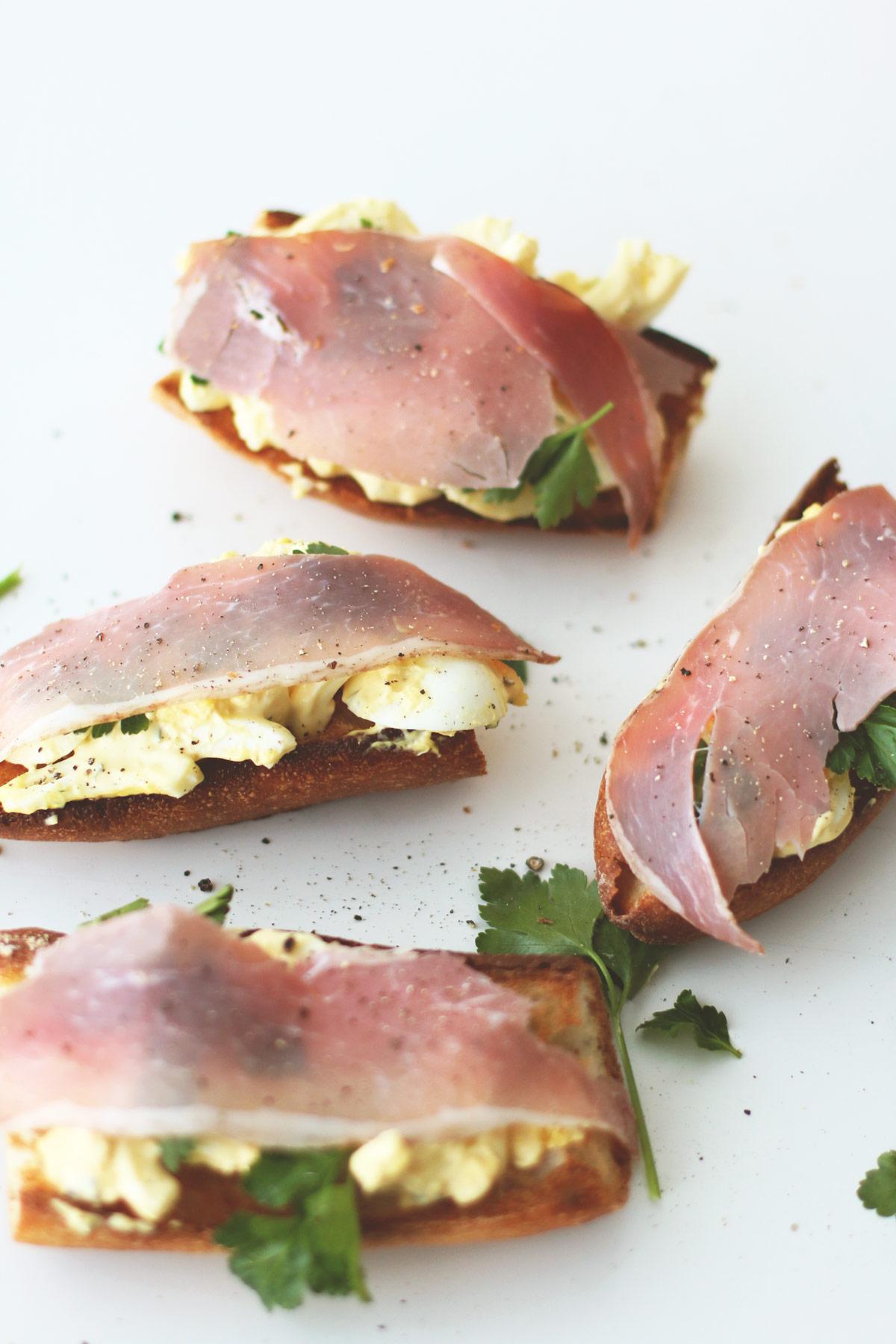 Egg-Salad-Crostini---