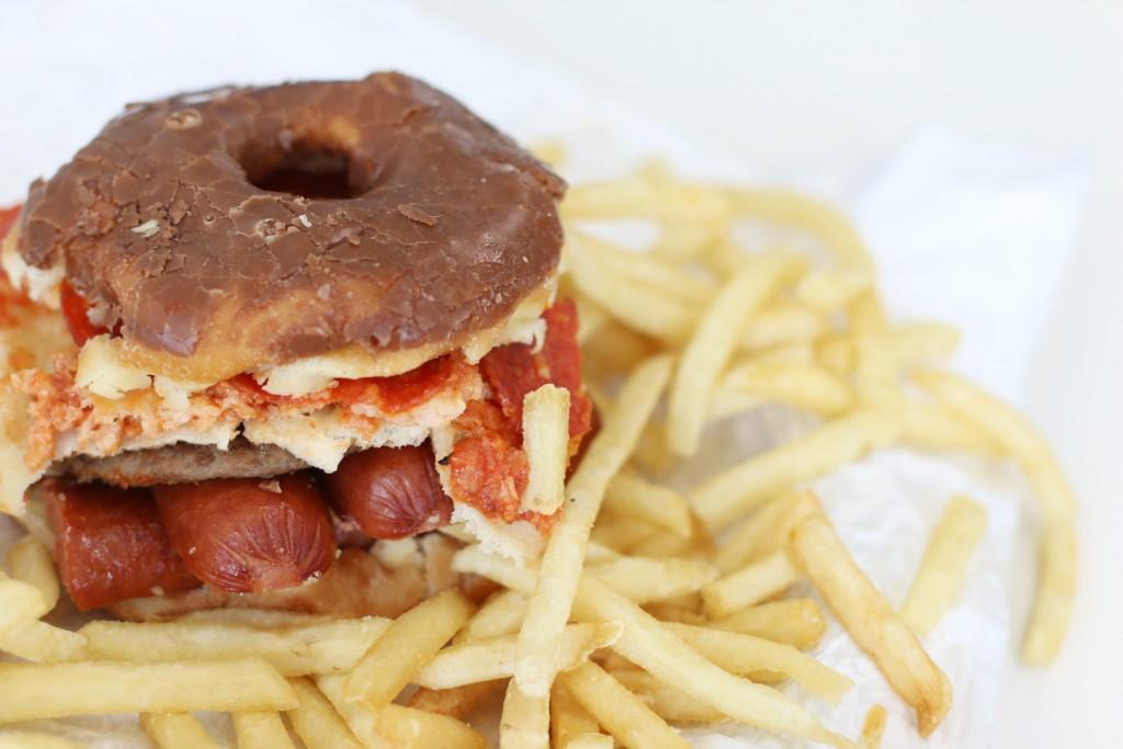 Junk-food-burger-